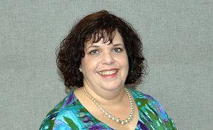 Maria Roman, Exhibit Consultant