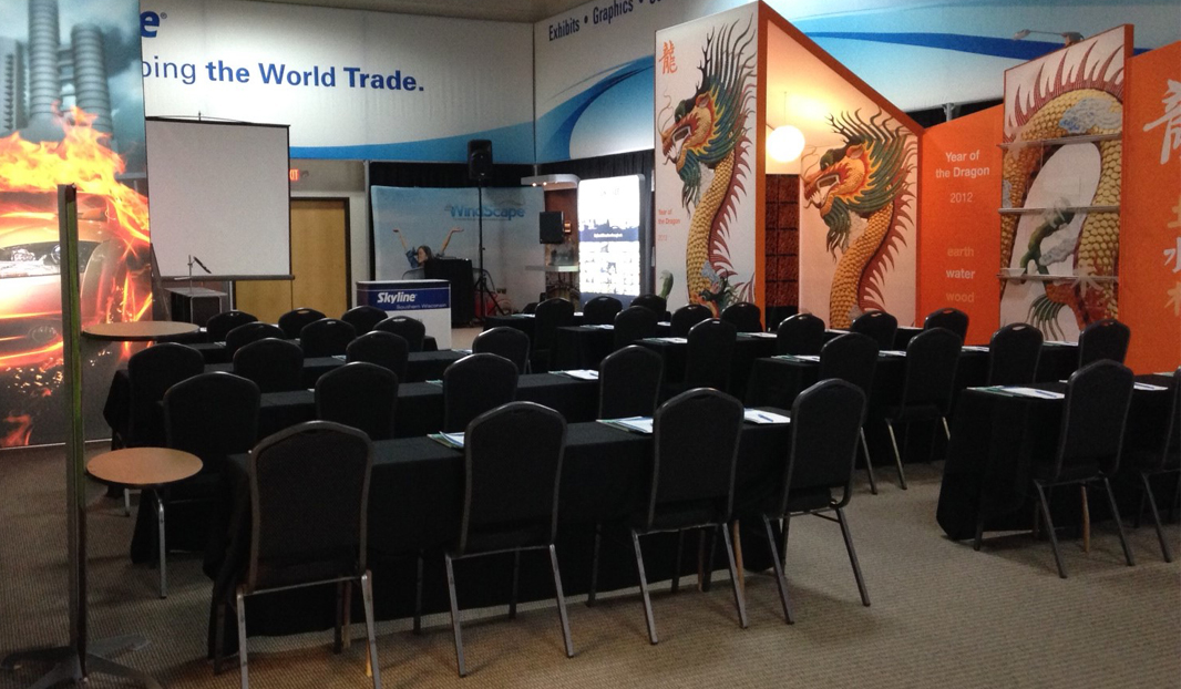 Skyline Exhibits Southern Wisconsin Show Room in Pewaukee Hosts Live Marketing Trade Show Seminars