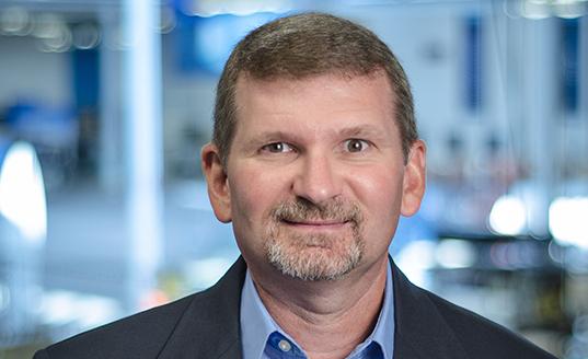 JEFF MEYER, CHIEF FINANCIAL OFFICER (Directeur Financier)