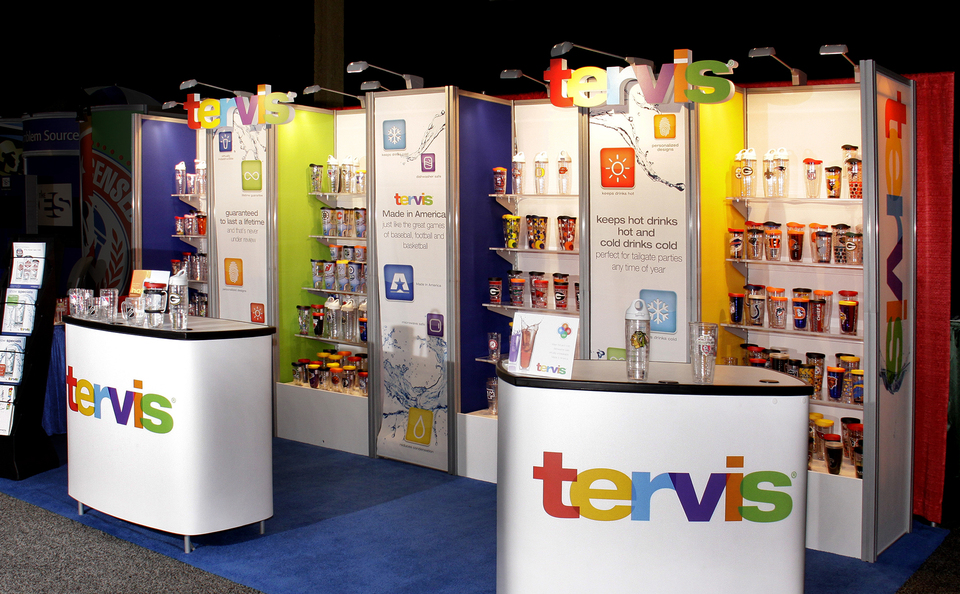 trade show events booth stratus