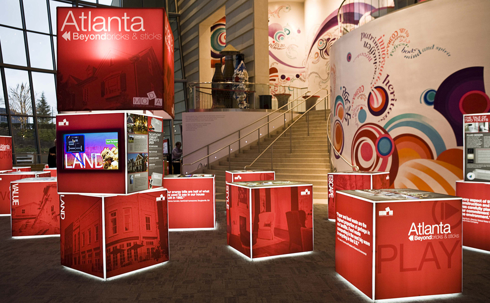 Innovative trade show booth elements