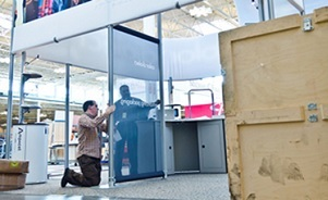Toronto trade show services including exhibit set up storage shipping asset management